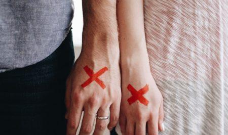 Bahaya dari Stigma Depresi dan Bunuh Diri di Sekitar Kita