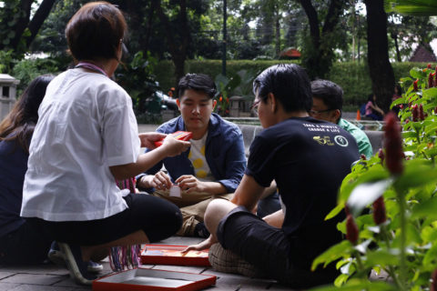diskusi di taman