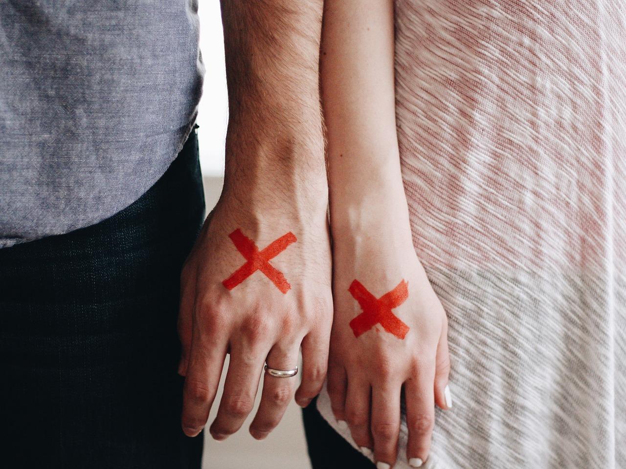 stigma-hands-1246170_1280